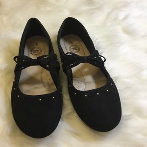 Girl suede flat shoes size 5